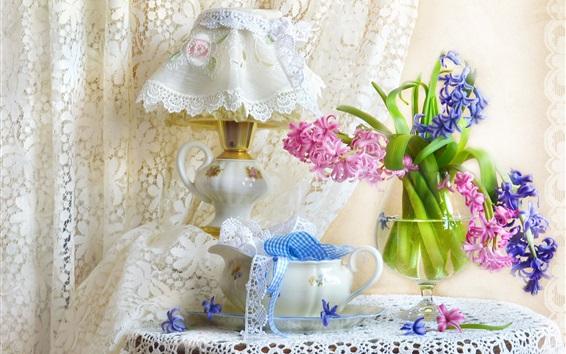 배경 화면 파란색과 분홍색 앵 꽃, 램프, 커튼
