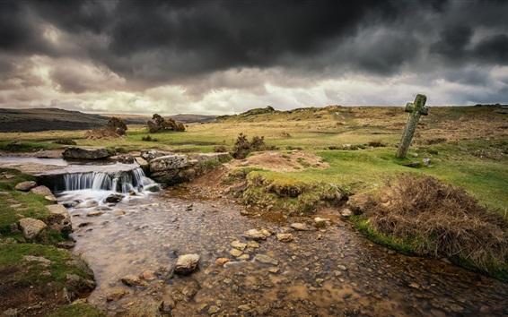 Fondos de pantalla Inglaterra, Moortown, río, nubes gruesas