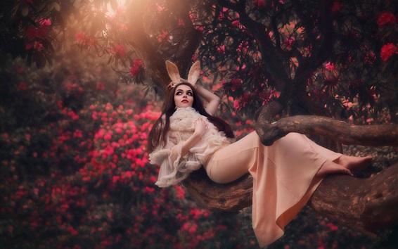 Hintergrundbilder Mädchen, Lügen, Baum, Hasenohren, Blumen