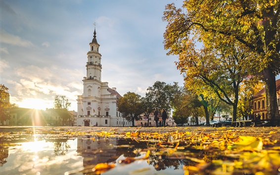Fondos de pantalla Kaunas, Lituania, Ayuntamiento, otoño