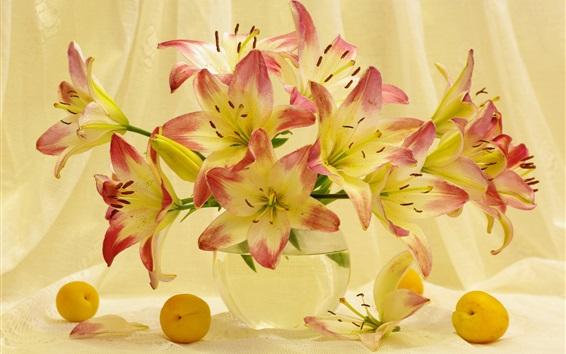 Fond d'écran Fleurs de lys, abricots, nature morte