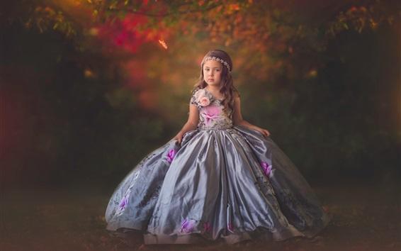 Fond d'écran Belle petite fille, enfant, belle jupe