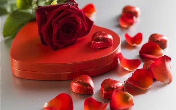 壁紙 赤いバラ、愛の心、キャンディー、ギフト、花弁、ロマンチックな