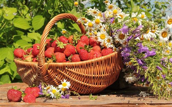 壁紙 バスケット、赤い果実、花