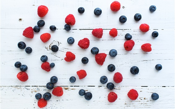 Wallpaper Blueberries, raspberry, wood background