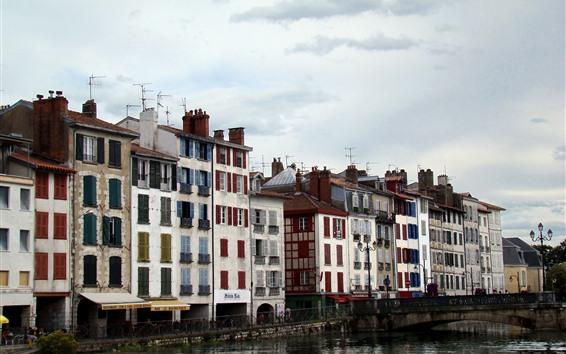 Fondos de pantalla Francia, Bayona, río, puente, casas, ventanas