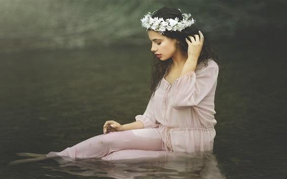 Wallpaper Girl sit in water, wreath