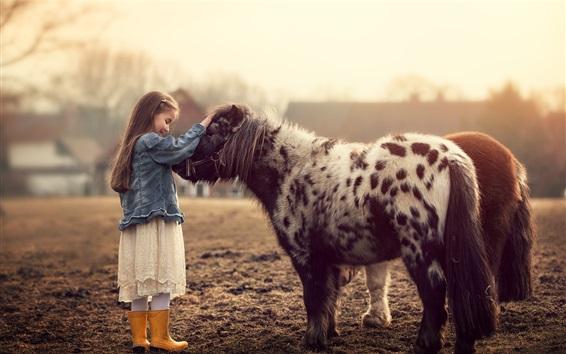 Fond d'écran Bonne petite fille et poney