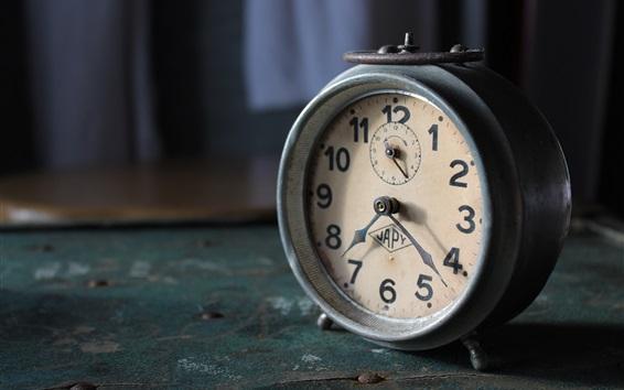 壁纸 旧闹钟