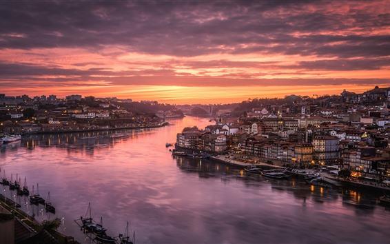 壁紙 ポルトガル、ポルト、ドウロ川、市、住宅、赤い空、雲、日没