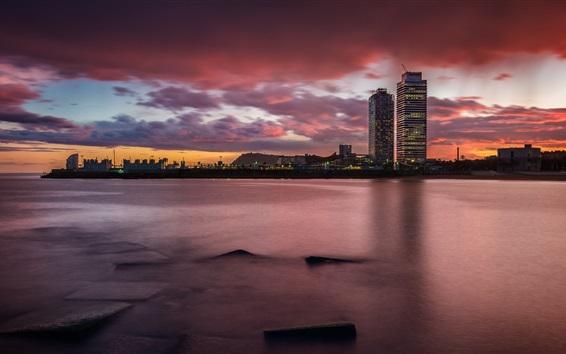Hintergrundbilder Spanien, Barcelona, Katalonien, Stadt, Wolkenkratzer, Meer, Sonnenuntergang