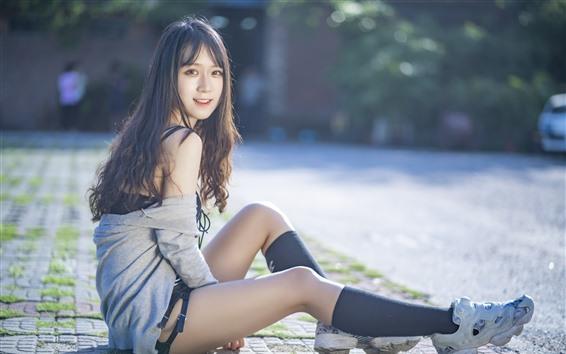 Hintergrundbilder Schönes Mädchen, schwarzes Haar, Sommer