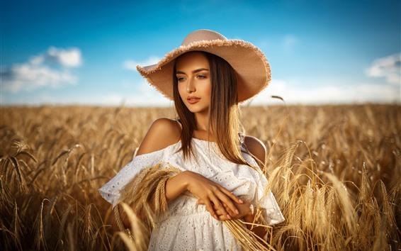 Обои Коричневые волосы девушка, шляпа, пшеничное поле, лето
