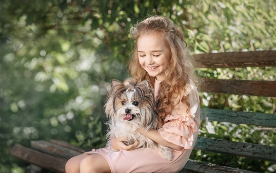 Обои Счастливая девочка и собака