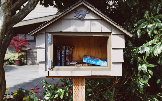Wallpaper Mailbox, books