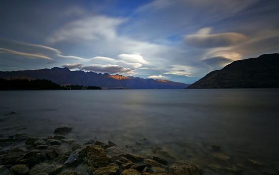Fond d'écran Nouvelle-Zélande, lac Wakatipu, matin, rochers, montagnes