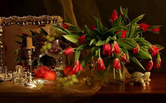 Hintergrundbilder Rote Tulpen, Apfel, Trauben, Frucht, Stillleben