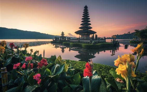 Papéis de Parede Bali, templo, lago, flores, Indonésia