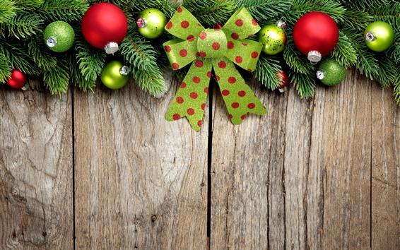 Papéis de Parede Bolas de Natal coloridas, decoração, placa de madeira