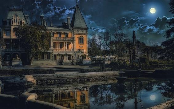 Papéis de Parede Crimeia, Yalta, Massandra, castelo, lagoa, árvores, nuvens, noite, lua