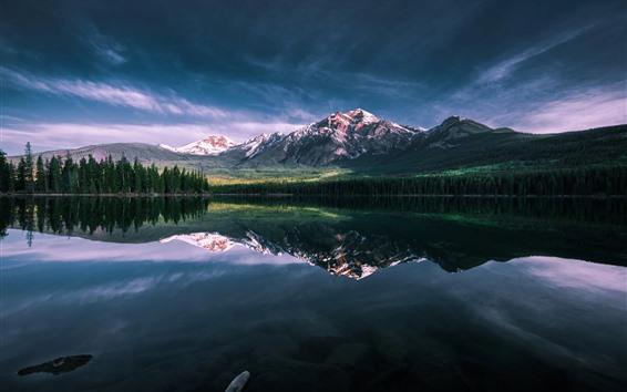 Fondos de pantalla Lago, mañana, montañas, reflejo de agua.