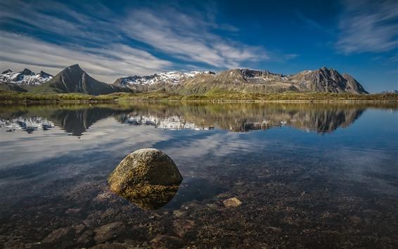 Обои Норвегия, Лофотен, озеро, отражение воды, горы, голубое небо