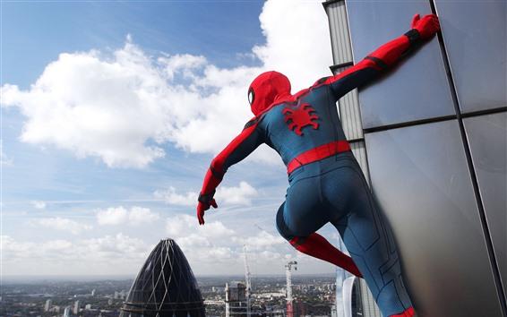 Обои Человек-паук, маска, город, высокий