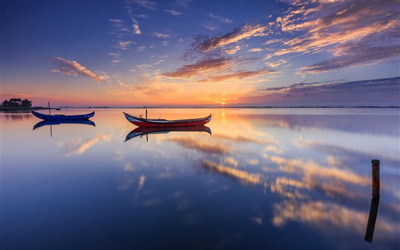 Papéis de Parede Dois barcos, lago, reflexão água, pôr do sol