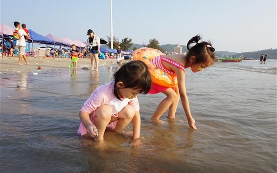 Papéis de Parede Duas meninas jogam na praia, criança, mar, água
