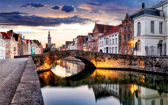 壁紙 ベルギー、ブルージュ、都市、夕暮れ、川、橋、家