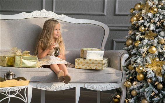 Wallpaper Christmas tree, balls, blonde little girl, sofa, gift
