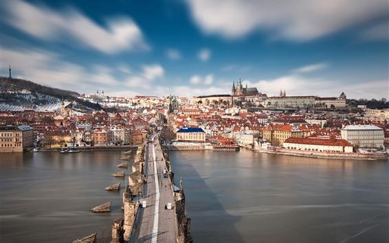壁紙 チェコ共和国、プラハ、カレル橋、ヴルタヴァ川、都市、雪、冬
