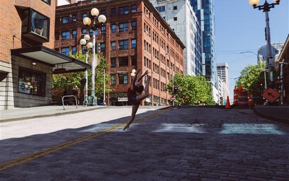 Wallpaper Little girl dancing, city, USA