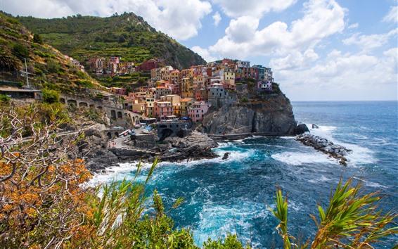 Papéis de Parede Manarola, Cinque Terre, Itália, arbustos, mar, nuvens