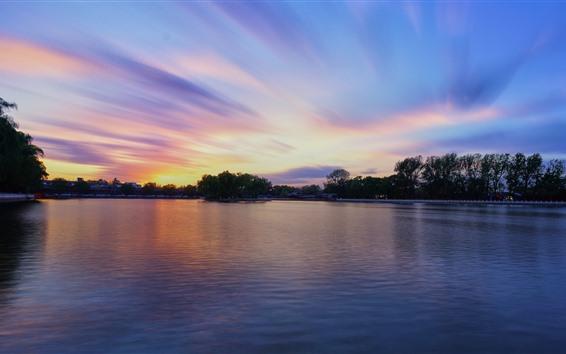 壁紙 公園、湖、木、家、日没、中国