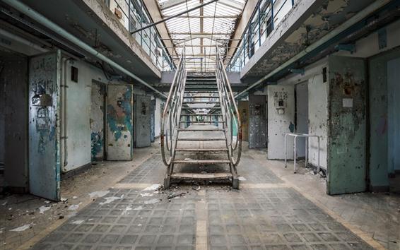 Обои Тюрьма, лестницы, двери