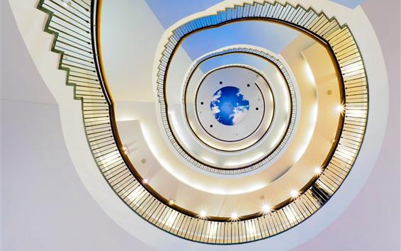 Fond d'écran Escalier en colimaçon, balustrades, lumières