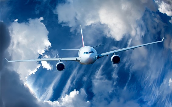Обои Самолет, облака, небо, вид спереди