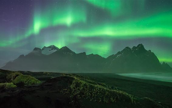 Fondos de pantalla Hermosa aurora boreal, montañas, costa, noche