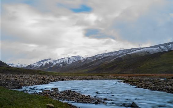 Fondos de pantalla Hermoso Tíbet, montañas, cala, piedras, nubes.