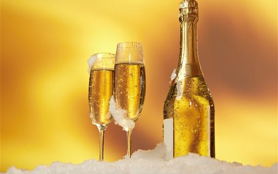 Обои Шампанское, бутылки и чашки, золотые, снег