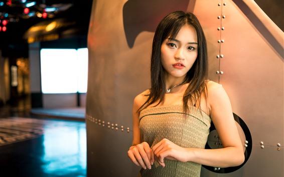 Wallpaper Chinese girl, warm light