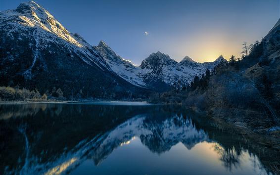 Fondos de pantalla Chuanxi, Cailin, montañas, árboles, lago, reflejo del agua, China