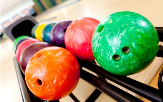 壁紙 カラフルなボウリングボール