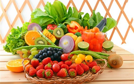 Fondos de pantalla Frutas y verduras, fresa, uvas, kiwi, plátano, cebolla, frijol.