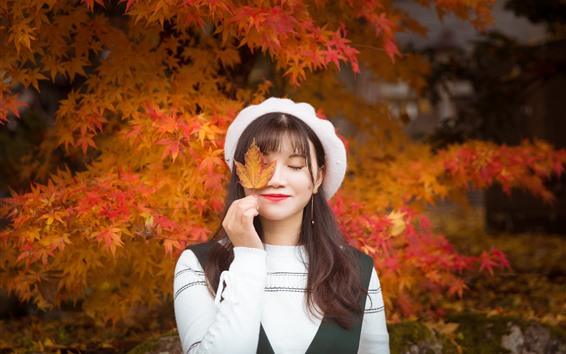 Wallpaper Girl, close eyes, smile, red maple leaves, autumn