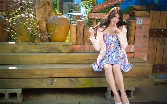 Fondos de pantalla Preciosa niña taiwanesa, falda, verano.