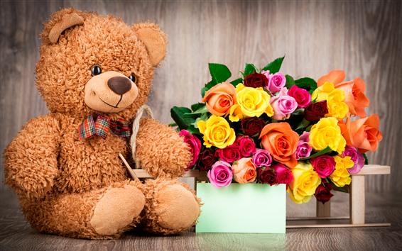 Fondos de pantalla Osito de peluche y rosas de colores, romántico.