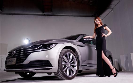 Fondos de pantalla Coche de plata de Volkswagen, muchacha negra de la falda