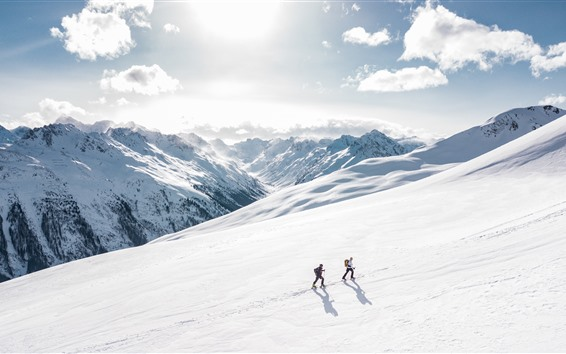 Fondos de pantalla Alpestre, nieve, trepador, sol, nubes, invierno